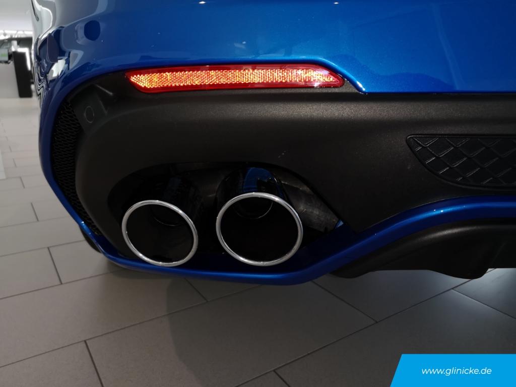 Alfa Romeo Stelvio Quadrifoglio Q4 2.9 V6 Bi-turbo acc
