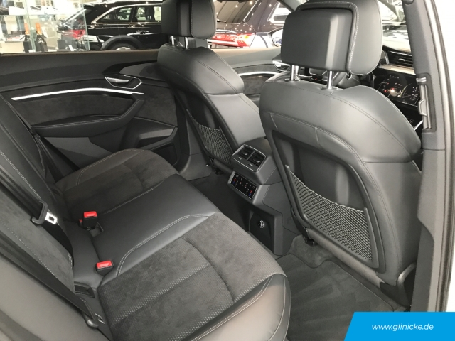 Audi e-tron 55 quattro advanced UPE:112.089,00€