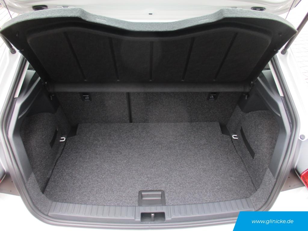 Seat Ibiza Style 1.6 TDI Navi Einparkhilfe DAB Sitzheizung