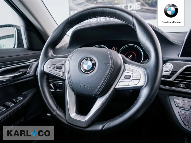 BMW 740 740: Bild 14
