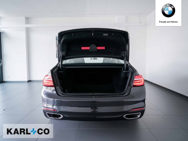 BMW 740 740: Bild 8