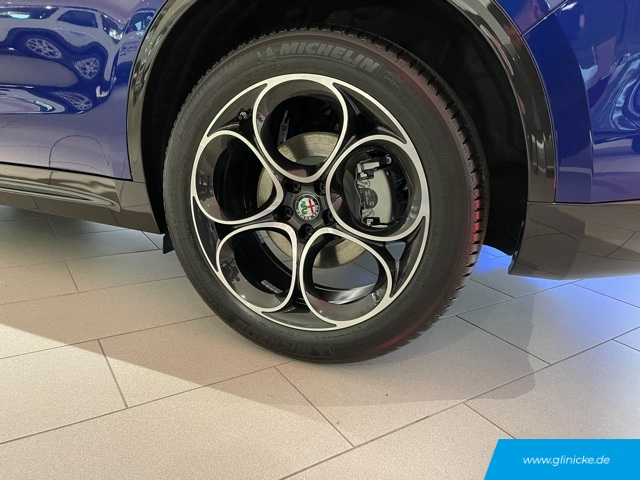 Alfa Romeo Stelvio Lusso Ti Q4 2.0 Turbo 16V Anhängerkupplung