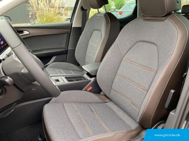 Seat Leon  Xcellence 1.5 TSI LED Navi PDC Sitzheizung