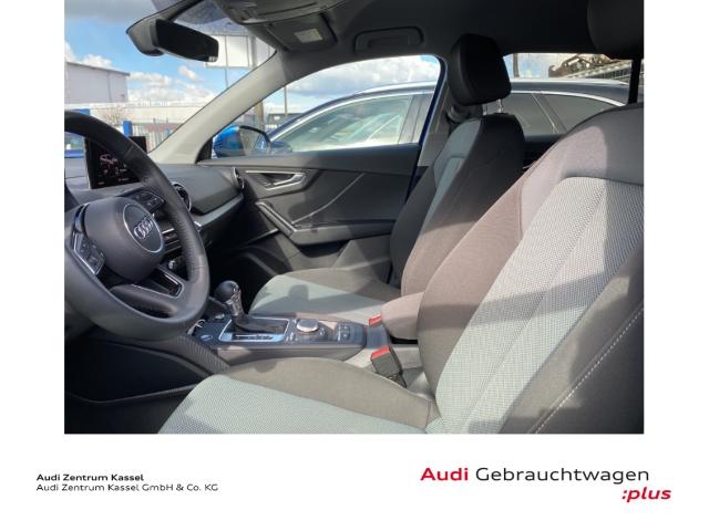 Audi Q2 30 TDI design LED AHK Kamera Navi DAB