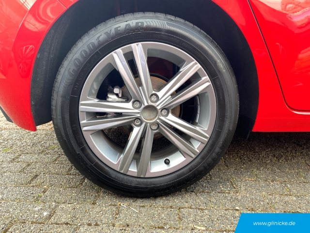 Volkswagen Polo VI Highline 1.0 TSI LED Navi Kurvenlicht ACC PDCv+h LED-Tagfahrlicht Multif.Lenkrad