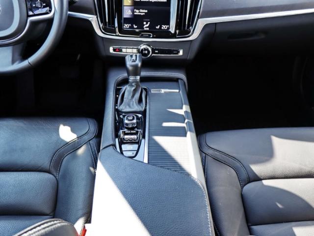 Volvo V90 V90