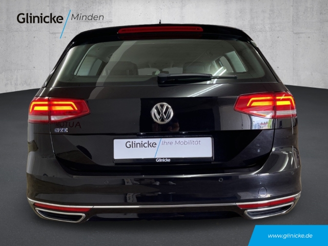 Volkswagen Passat Variant GTE 1.4 TSI Hybrid DSG Navi LED ACC PDC vo/hi
