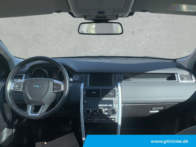 Land Rover Discovery Sport SE 2.0 0,99% Navi e-Sitze Allrad Pano Rückfahrk.