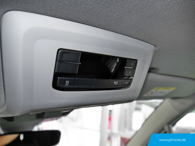 Volkswagen T6.1 Multivan Highline 4MOTION DSG Navi Standheizg. LED