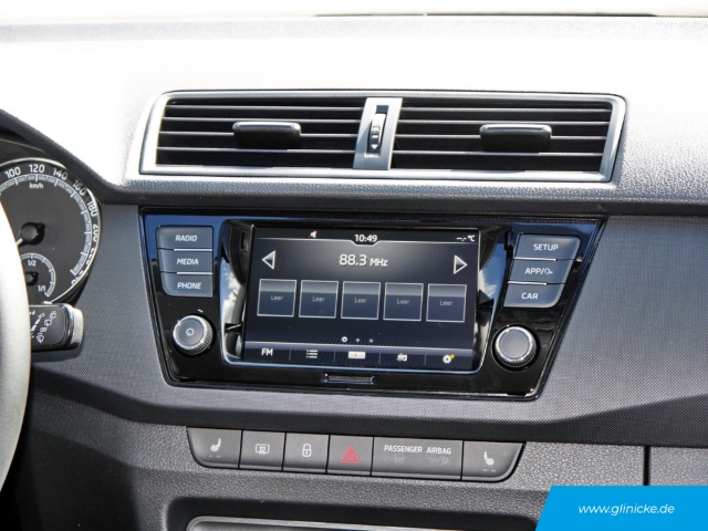 Skoda Fabia  Ambition 1.0 TSI Rückfahrkam. LED-Tagfahrlicht RDC Klima SHZ Temp AUX USB