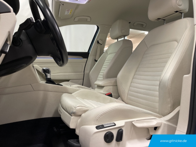 Volkswagen Passat Variant 1.4 TSI Hybrid GTE DSG AHK LED Navi LM 17''